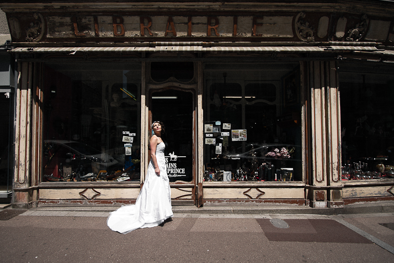 Lyra-Lintern-Photographe-Lifestyle-Mariage-Bruxelles-Normandie-Dorothee-dans-Bayeux-002